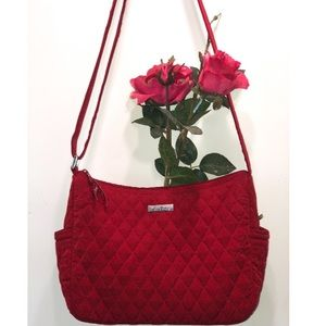 VERA BRADLEY  RED QUILTED BAG